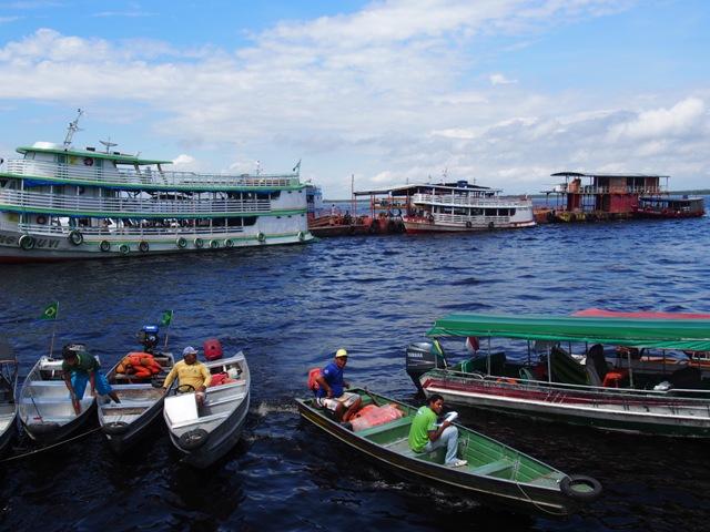 Port w Manaus, Amazonia, Brazylia