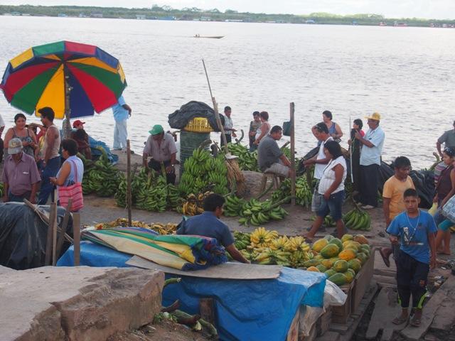 Na targu, Amazonia, Peru