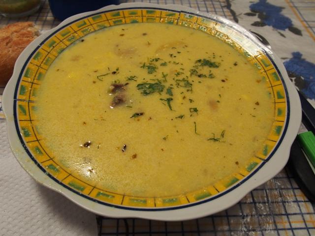 Zupa z orzeszków ziemnych, Boliwia